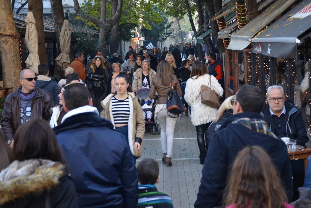 Χειμερινό ωράριο από σήμερα στην Αγορά της Λάρισας