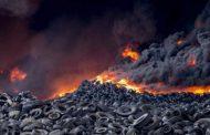 Φωτιά σε οικόπεδο έξω από τη Λάρισα