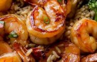 Γαρίδες ζουμερές, με σκόρδο και ρύζι