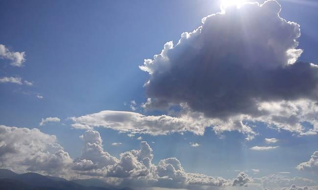 Με βροχές αλλά ζέστη και άνοδο θερμοκρασίας η νέα εβδομάδα