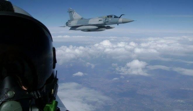 Βρέθηκε η σορός του πιλότου: Ψάχνουν το κάθισμα του μοιραίου Mirage