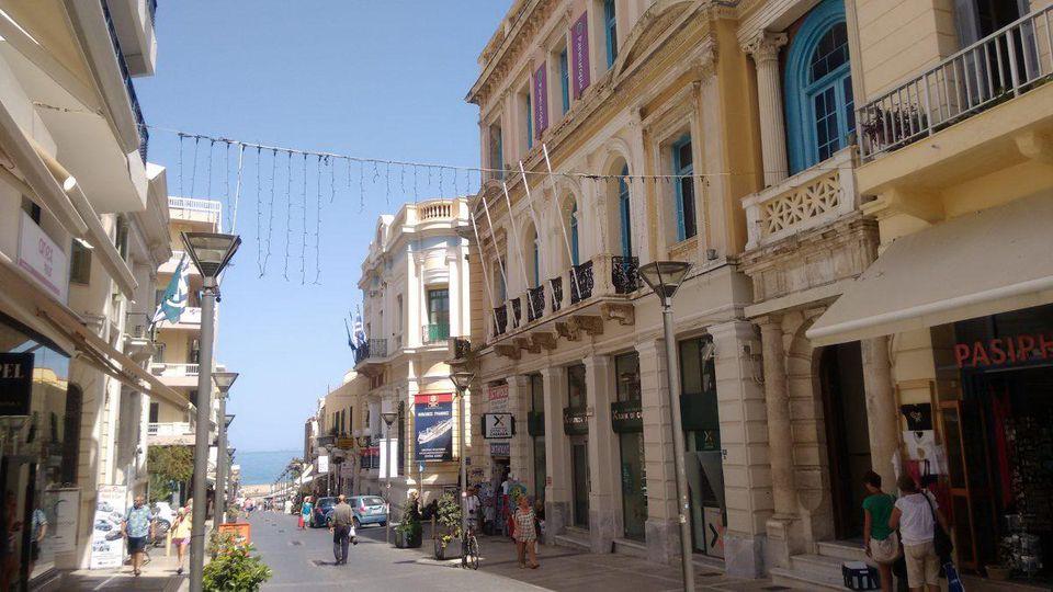 «Forbes»: H Ελλάδα διαμορφώνεται στους πιο «καυτούς» προορισμούς