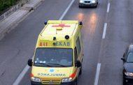 Ελαφρύς τραυματισμός για οδηγό δικύκλου στη Λάρισα