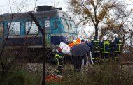 Tρένο παρέσυρε αυτοκίνητο στα Τρίκαλα – Νεκρός ο οδηγός