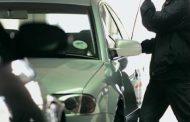 «Γδύνουν» αυτοκίνητα στα Τρίκαλα