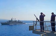 Bloomberg: Η Ελλάδα αποκτά συμμάχους, η Τουρκία απομονώνεται»